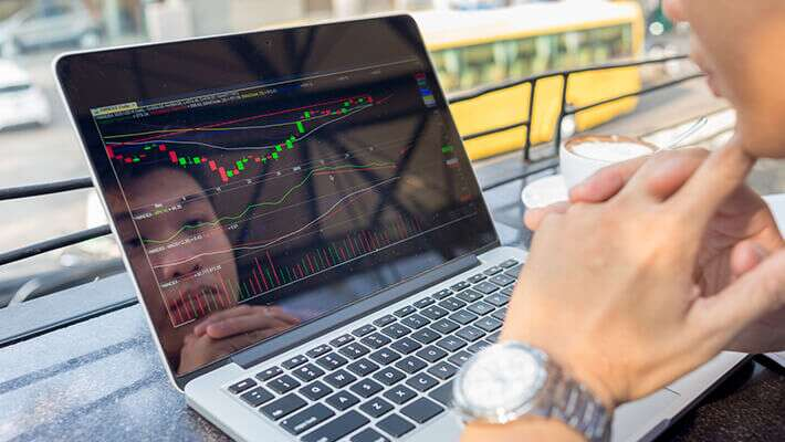 What Is Online Trading and Its Advantages?