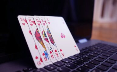 Why One Should Go For Online Poker Games? Is It Beneficial?